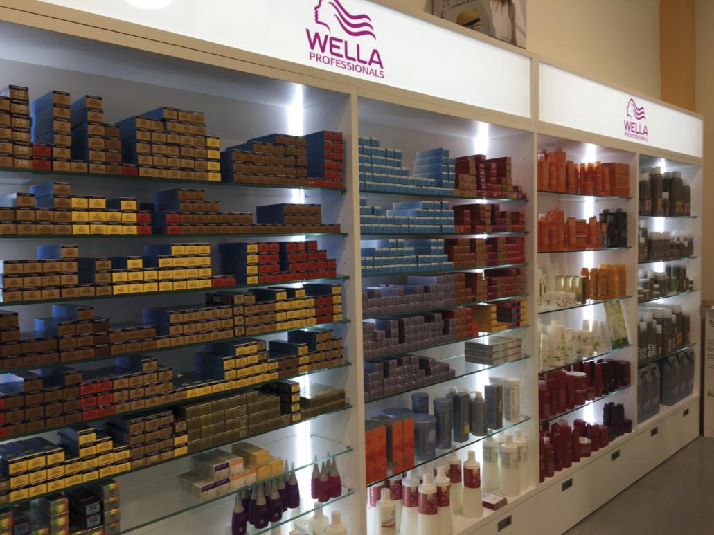 PLV Wella - Ejemplo de Mobiliario para cliente del sector Cosmética y Perfumería